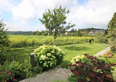 Ferienwohnung Kleve Burggarten beleuchteter Zugang Gartenappartments
